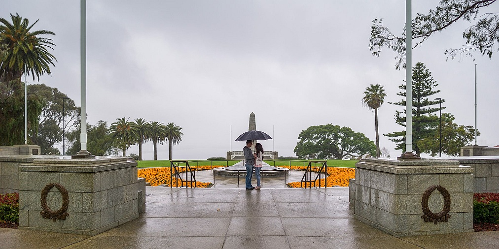 Kings_park_portrait_rain