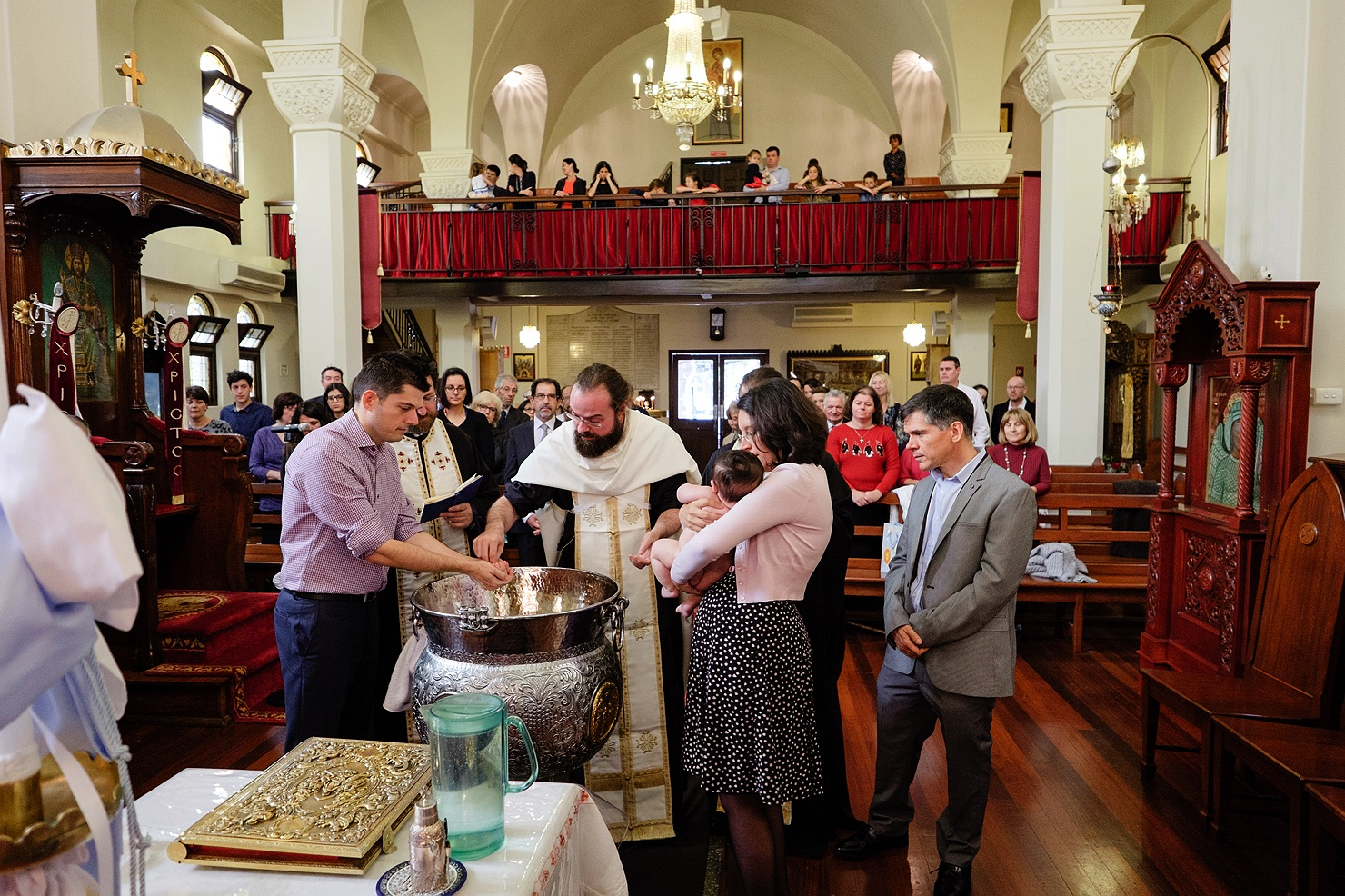 greek-orthodox-christening-baptism-21