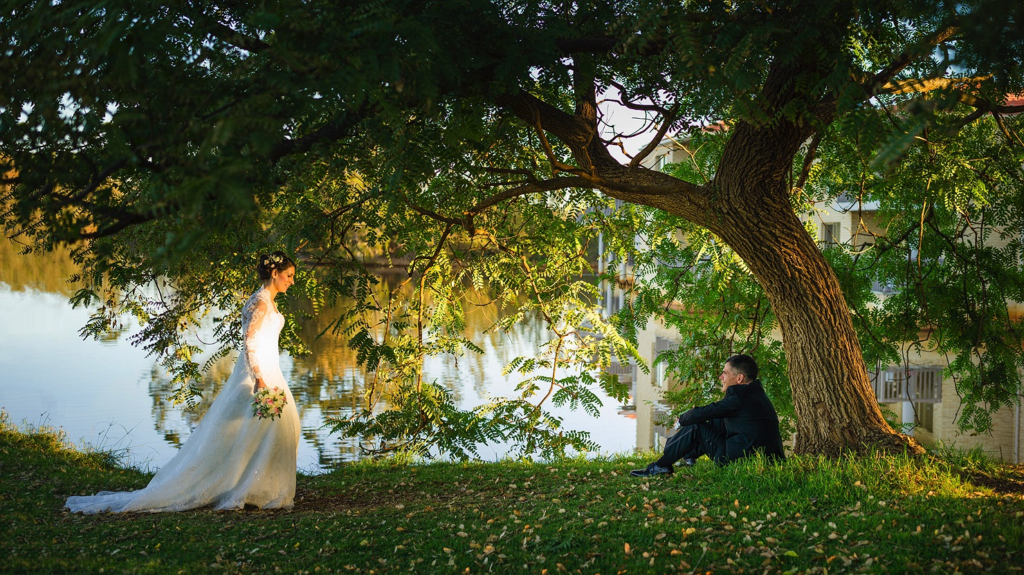 peter-and-fatini-wedding-by-a-lake